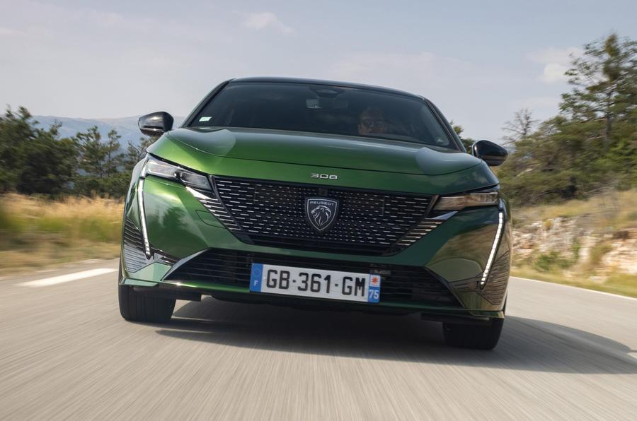 3 Peugeot 308 2021 premier essai essai, nez du héros
