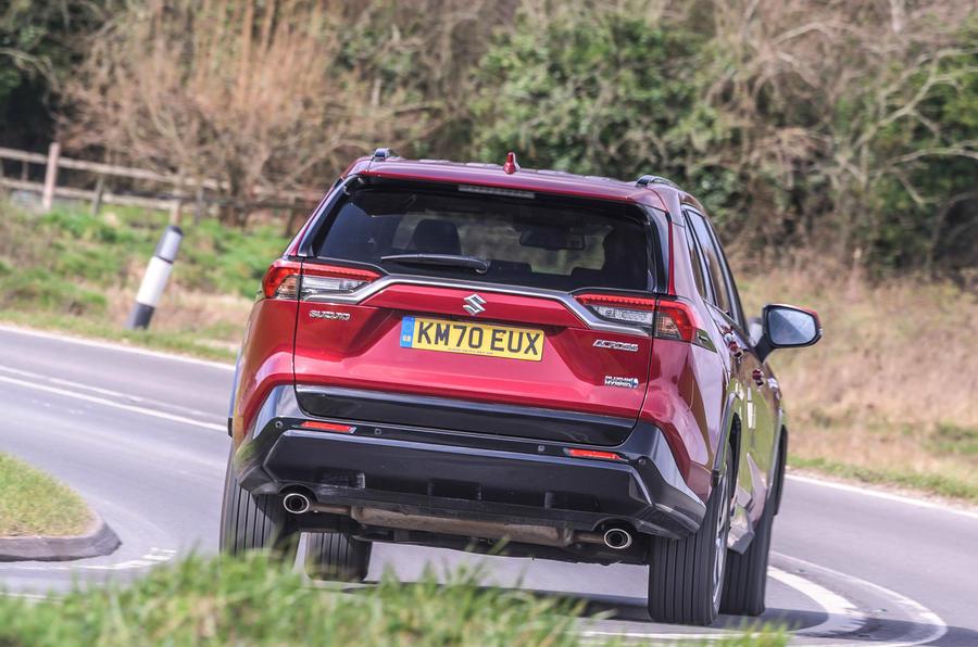 3 Suzuki Across 2021 : essai routier et test du héros arrière