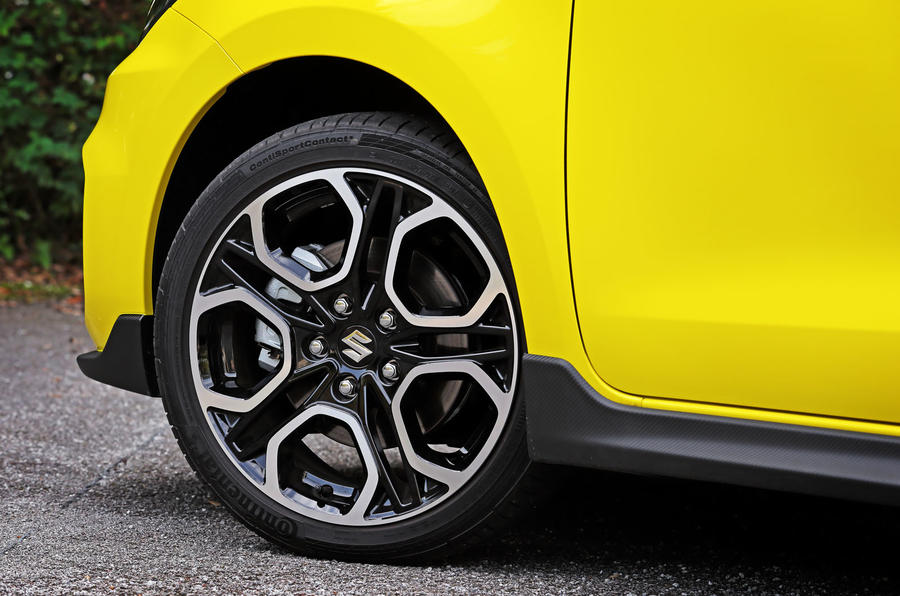 Suzuji Swift Sport Japan-spec review alloy wheels