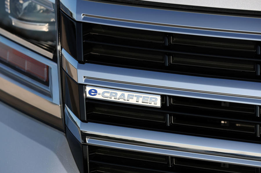 Volkswagen e-Crafter 2018 review - front badge