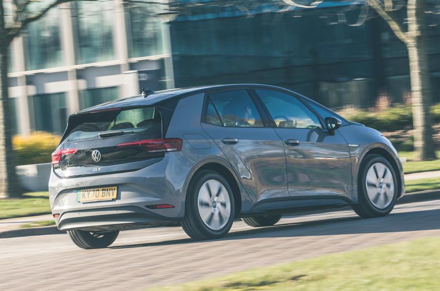 3 VW ID 3 2021, essai routier, retour sur le héros arrière