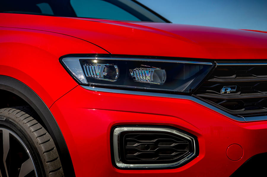 Volkswagen T-Roc 2019 road test review - headlights