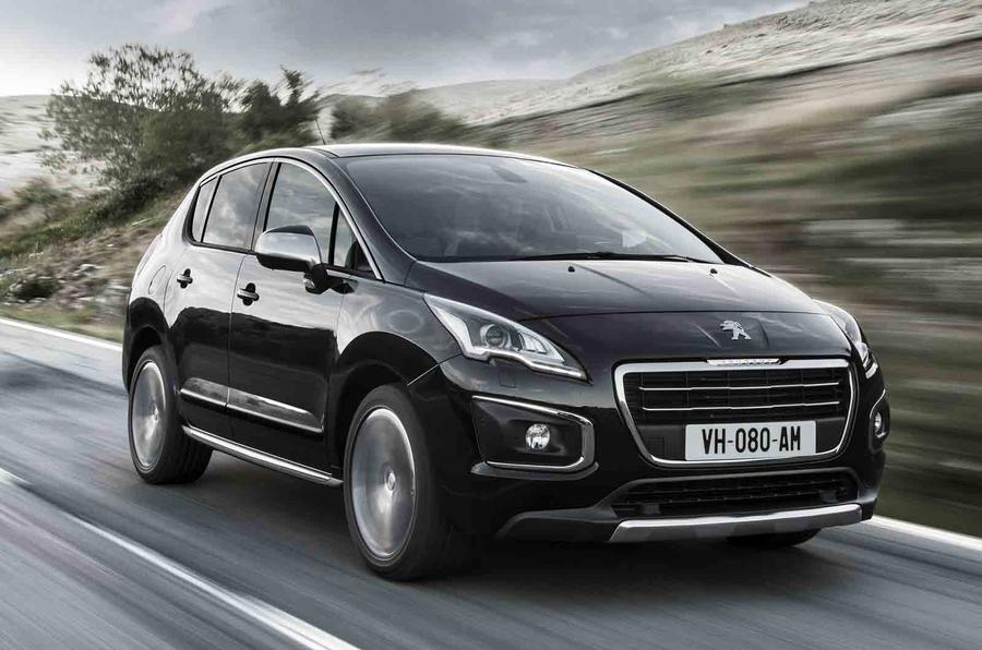 Quick news: Peugeot 3008 on sale, Land Rover expedition