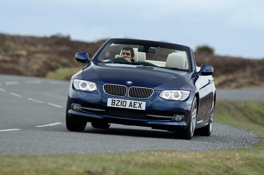 BMW 335i DCT Convertible cornering