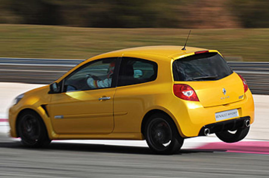 renault clio renaultsport 200 cup autocar. Black Bedroom Furniture Sets. Home Design Ideas