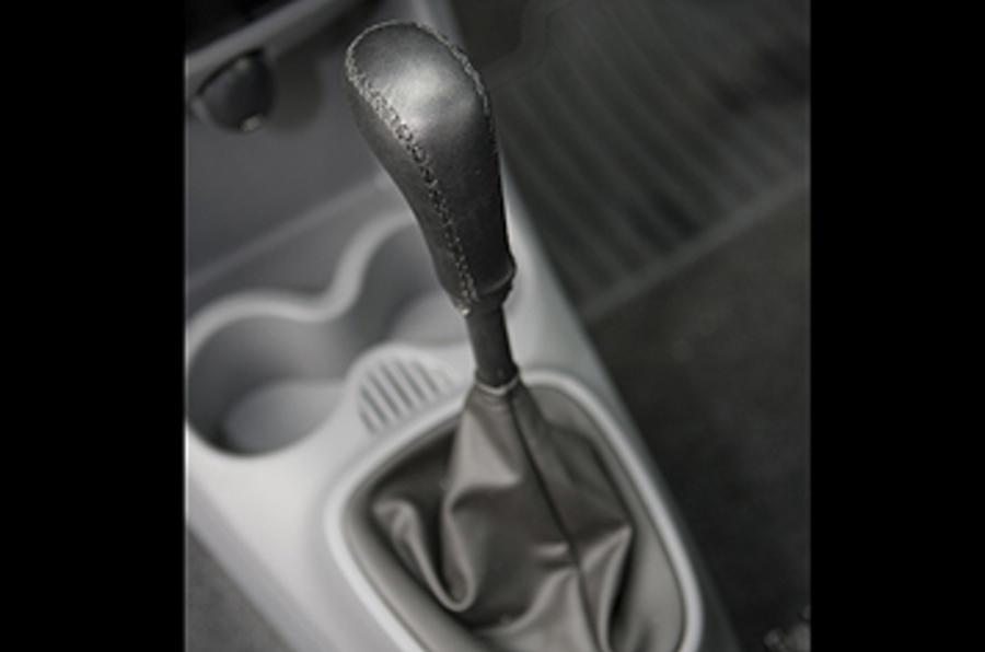 ECC C1 Ev'ie automatic gearbox