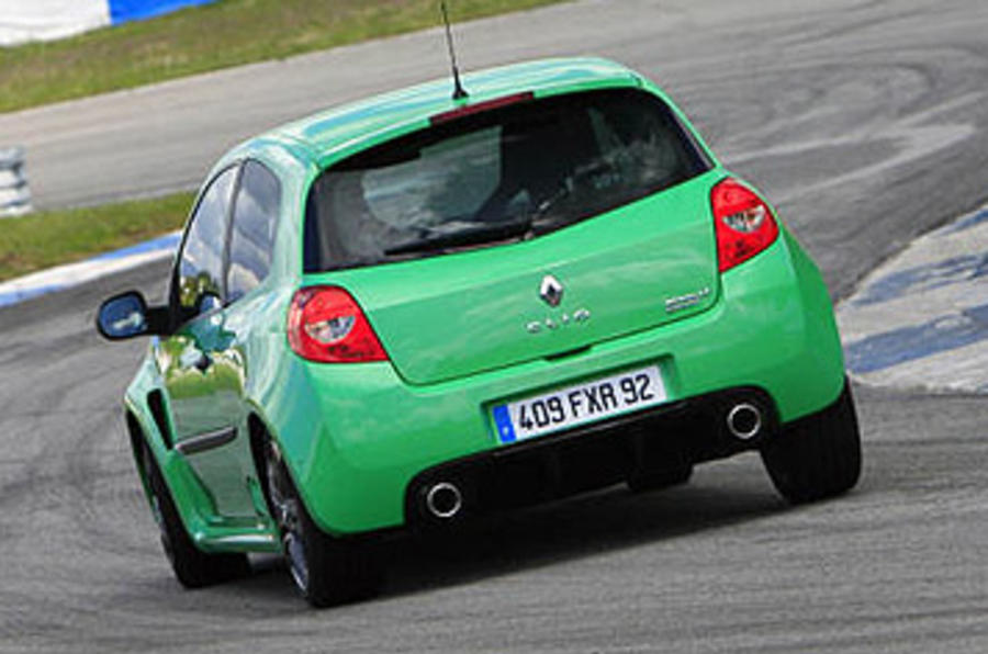 Renault Clio Renaultsport 200 Cup hard rear cornering