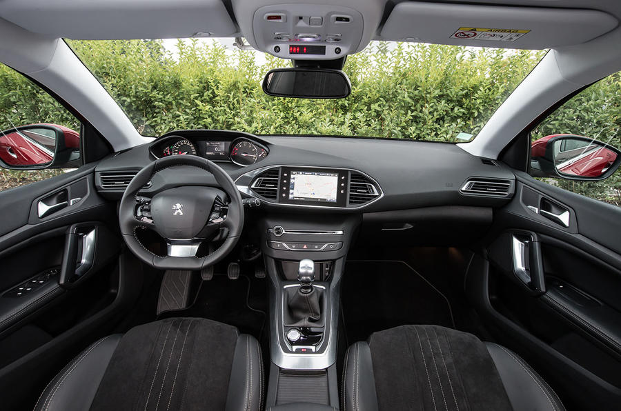 Peugeot 308 Allure 1 2 E Thp Puretech 130 Auto First Drive