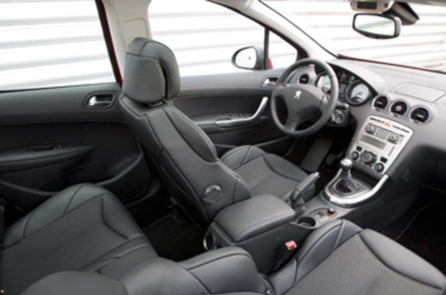 peugeot 308 2 0 hdi gt review autocar. Black Bedroom Furniture Sets. Home Design Ideas