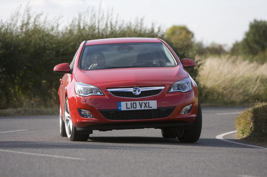 Vauxhall Astra hard cornering