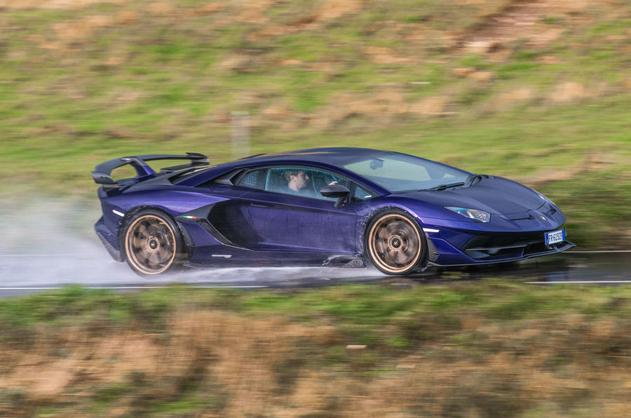 Lamborghini Aventador SVJ 2019 road test review - spray