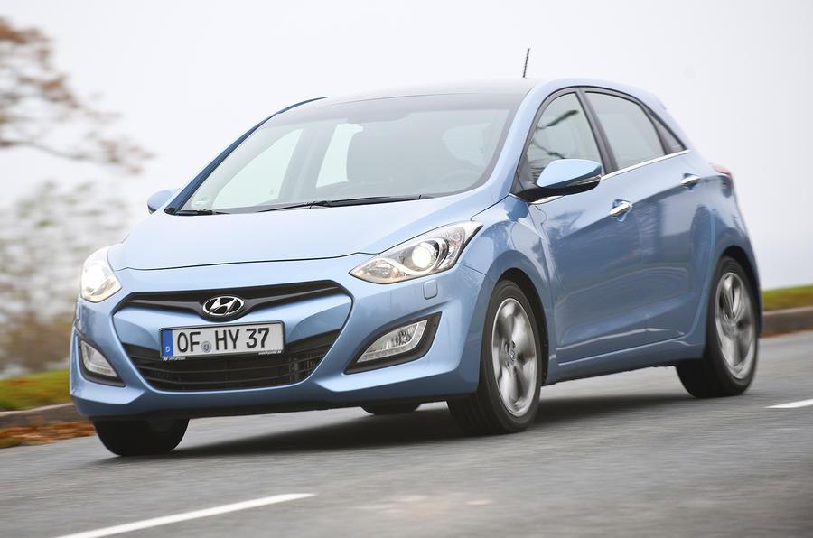 Hyundai i30 cornering