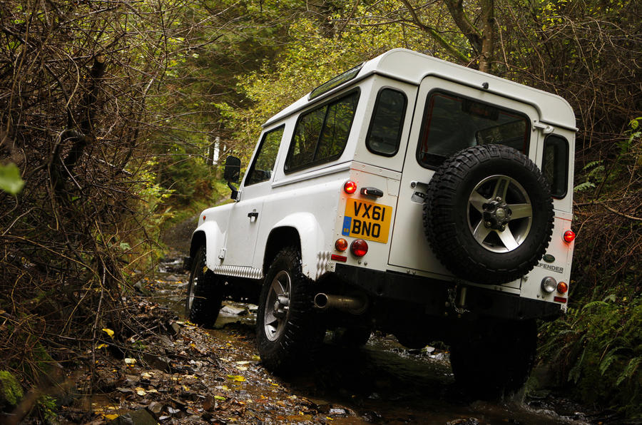 Land Rover Defender 90 off-roading