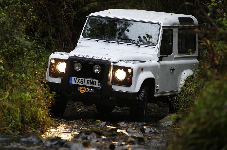 Land Rover Defender 90 hard off-roading
