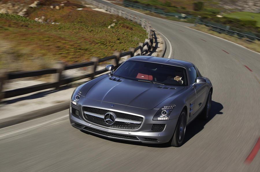 Mercede-AMG SLS cornering