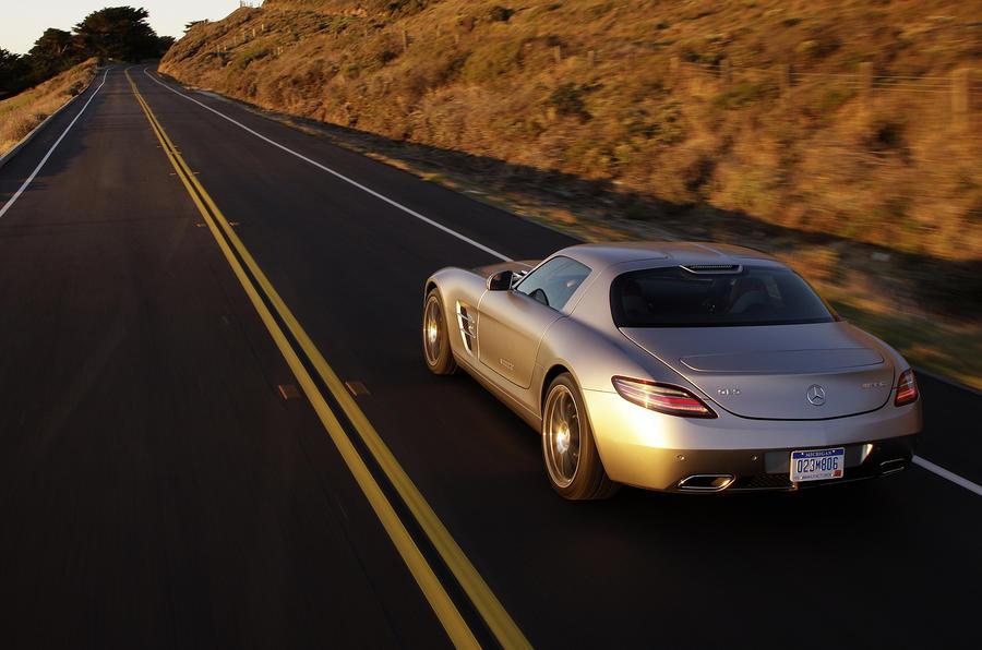 Mercedes-AMG SLS rear