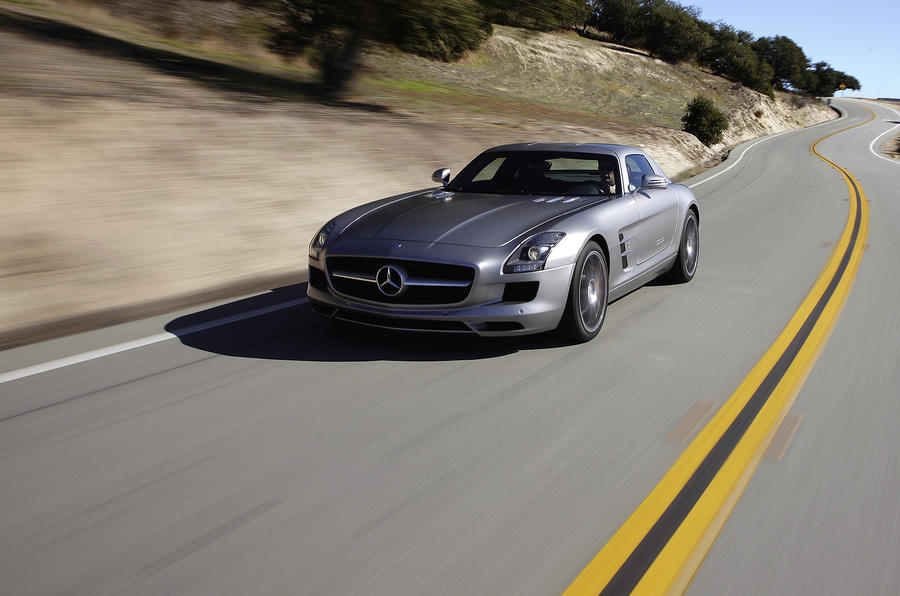 Mercedes-AMG SLS front end