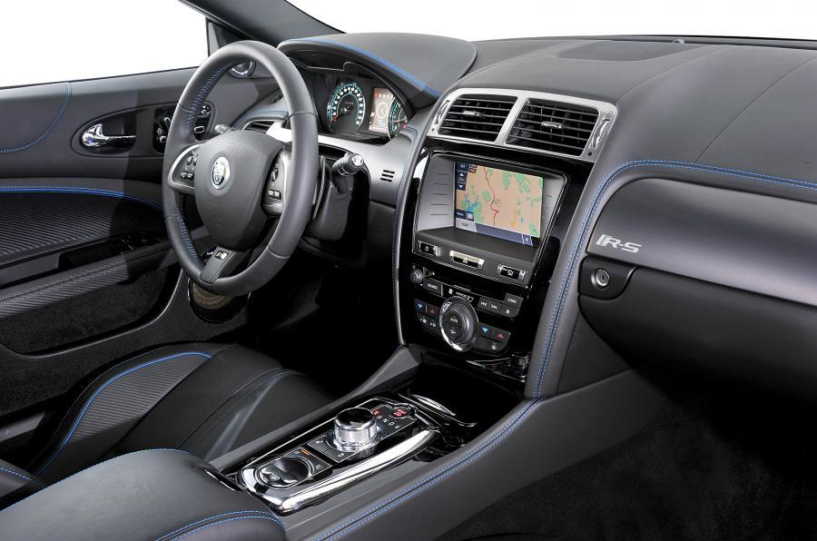 Jaguar XKR-S dashboard
