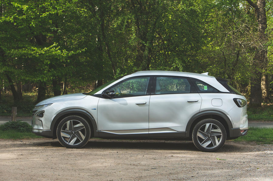 Hyundai Nexo 2019 road test review - static side