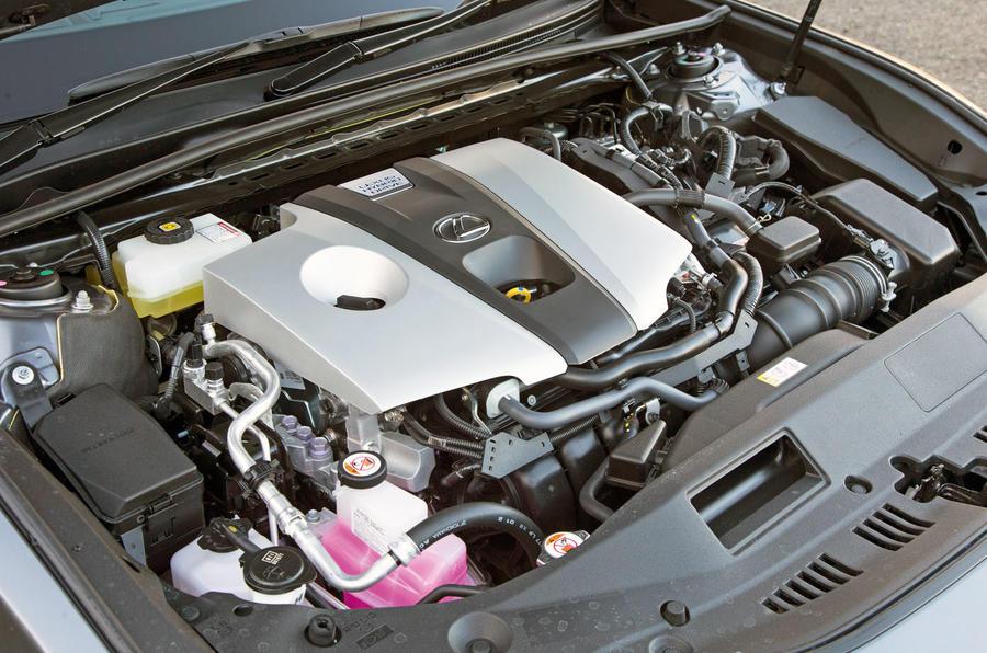 Lexus ES 2019 road test review - engine