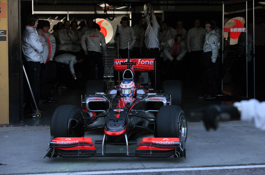 Alonso tops last day of F1 test