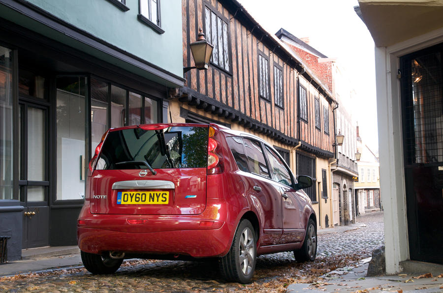 Nissan Note in town rear