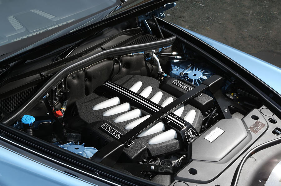 Rolls Royce Phantom 2018 review engine