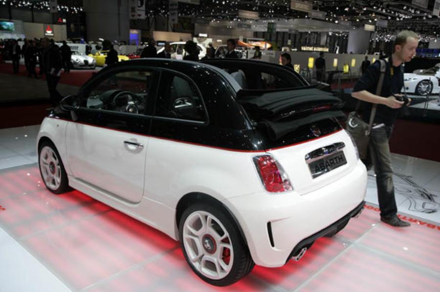 Geneva motor show: Fiat 500C Abarth