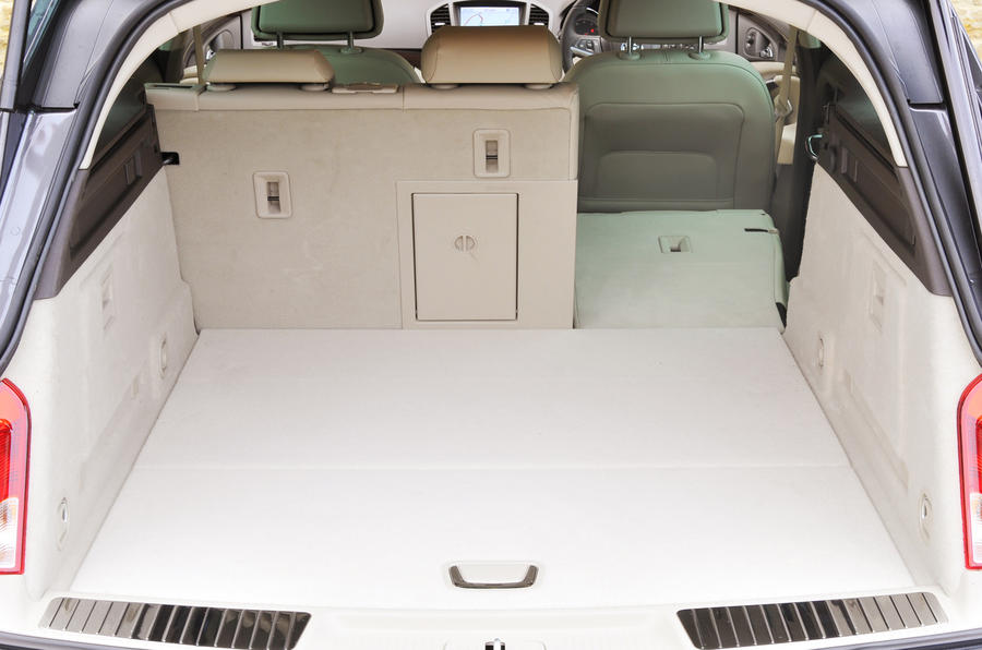 Vauxhall Insignia Estate boot space