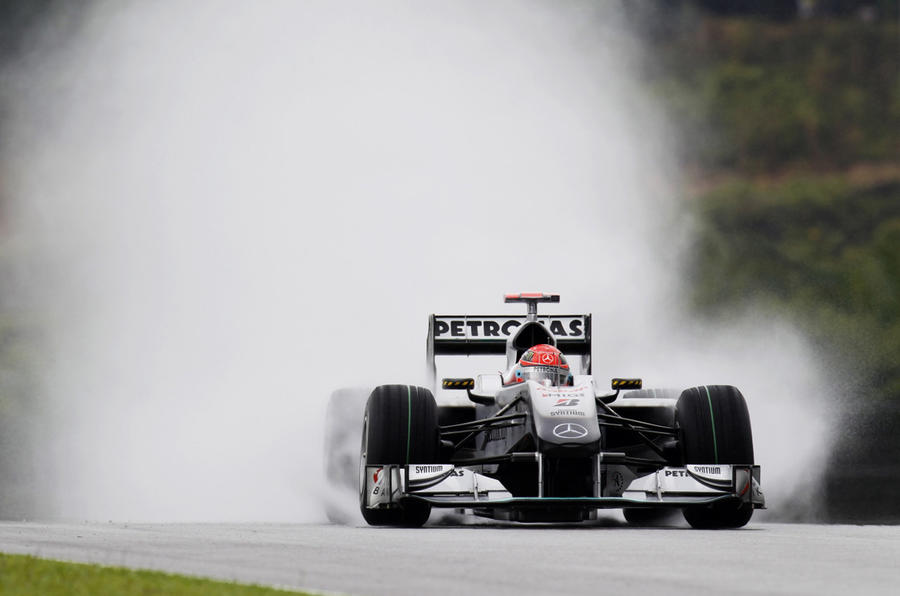 Webber seals Malaysian GP pole
