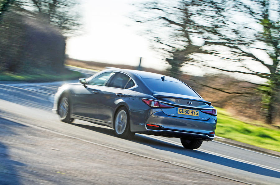 Lexus ES 2019 road test review - cornering rear