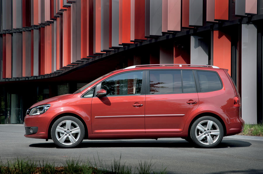 Volkswagen Touran side profile