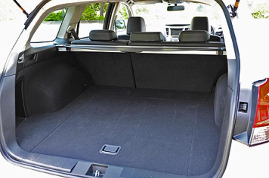 Subaru Legacy boot space