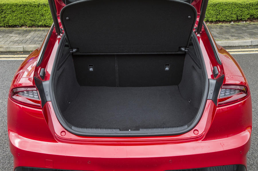 Kia Stinger GT line 2018 review boot