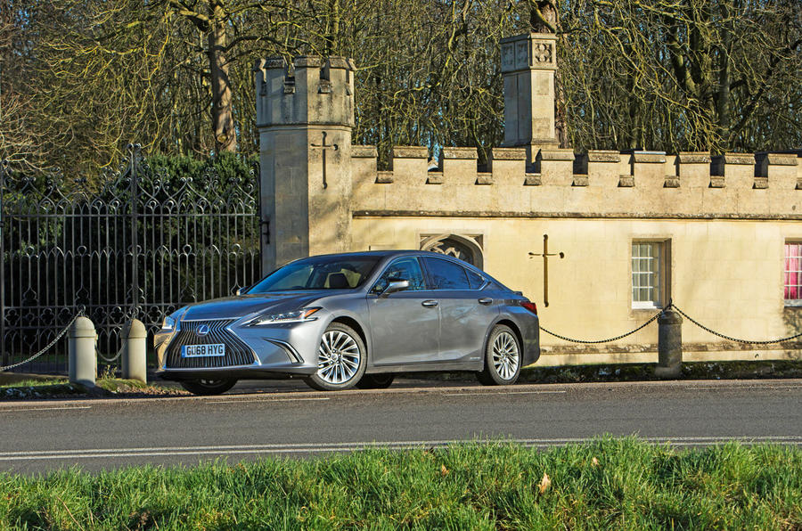 Lexus ES 2019 road test review - static