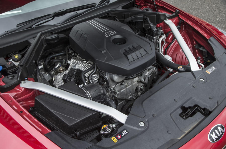 Kia Stinger GT line 2018 review engine