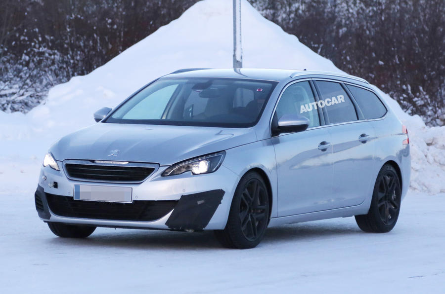 Peugeot evaluates 308 GTI estate