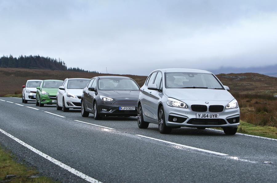 Comparison: three-cylinder engines on test