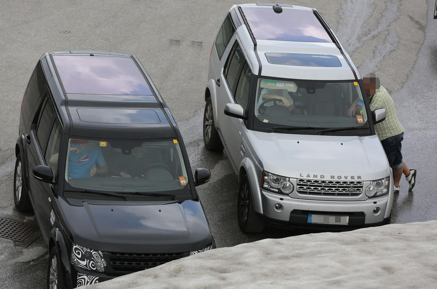 Land Rover Discovery facelift to go on sale this year