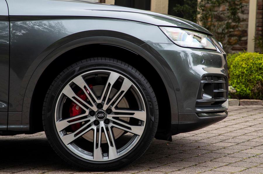 Audi SQ5 TDI 2020 road test review - alloy wheels