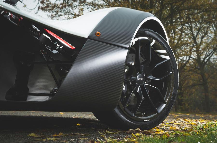 BAC Mono 2018 review - carbon fibre