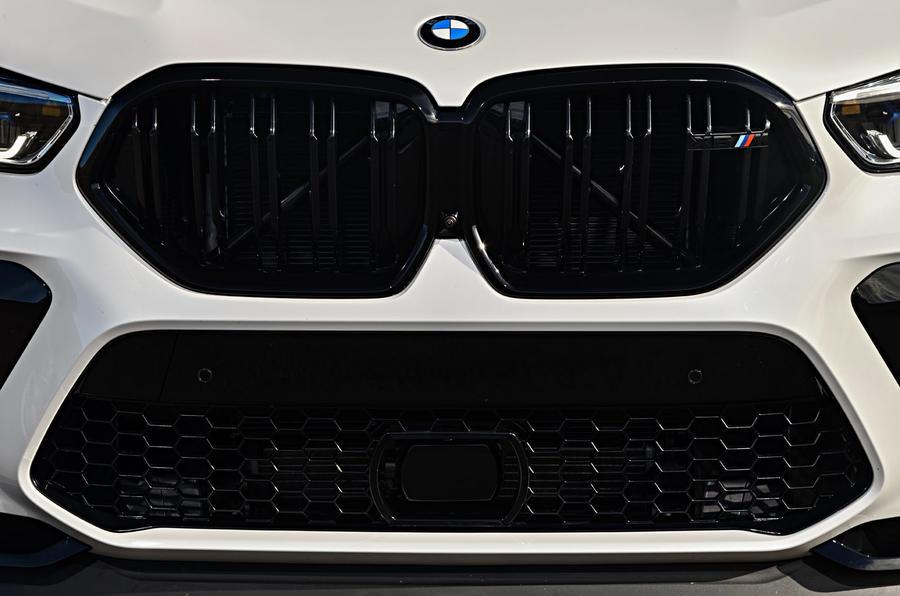 BMW X6 M Competition 2020 : révision de l'essai routier - calandre avant