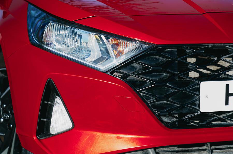 4 phares de la Hyundai i20 2021 à l'examen de l'essai routier