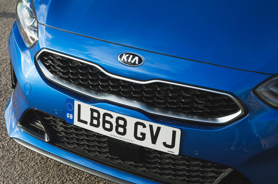 Kia Proceed GT-Line 2019 road test review - kidney grille
