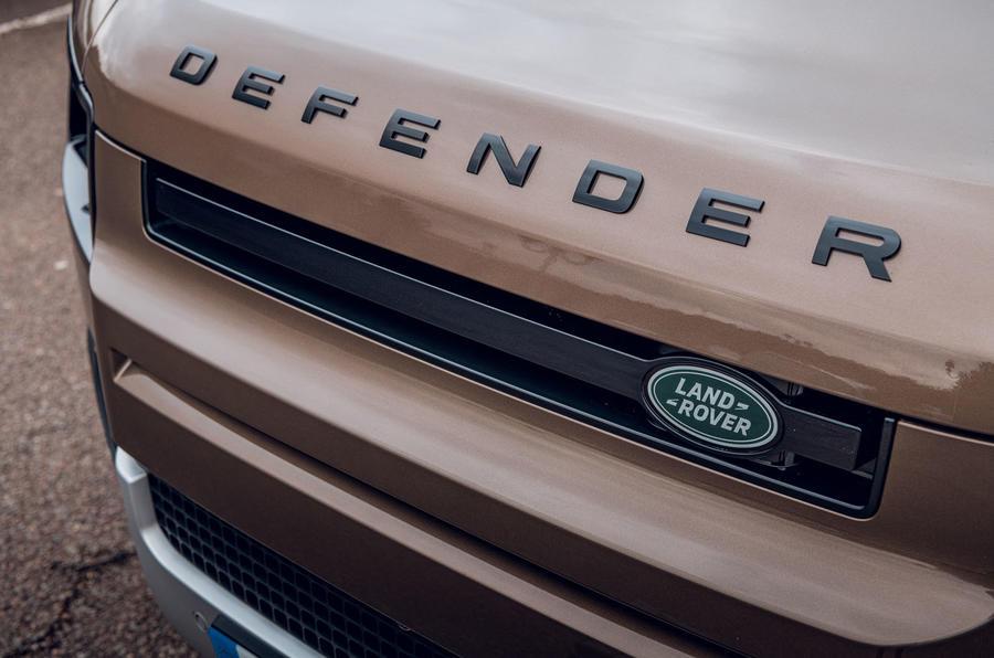 Land Rover Defender 2020 : examen de l'essai routier - calandre avant
