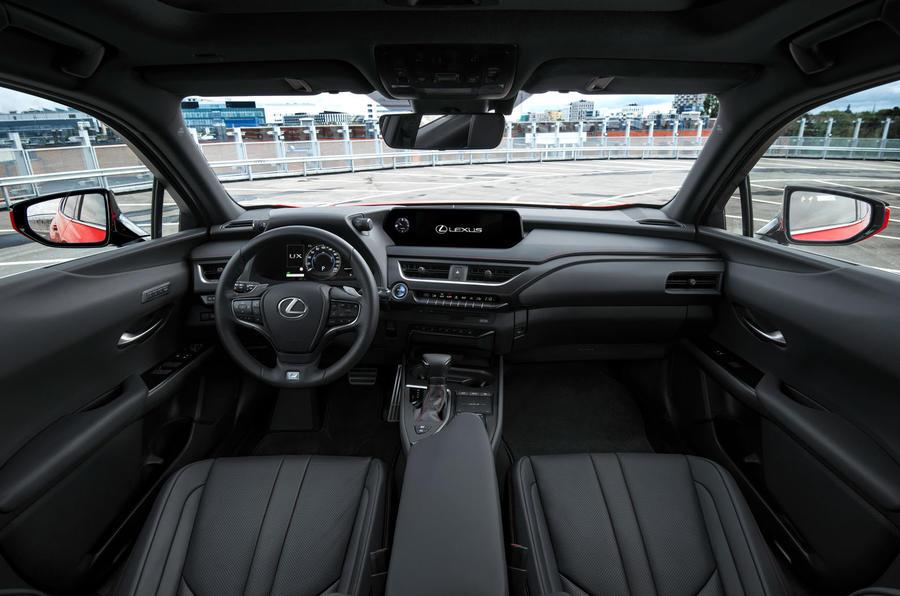 Lexus UX 2018 road test review - cabin