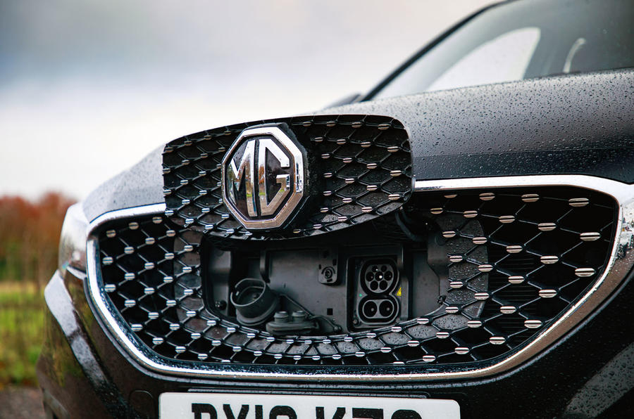 MG ZS EV 2019 road test review - bonnet badge