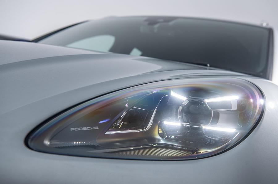 Porsche Macan 2019 road test review - headlights