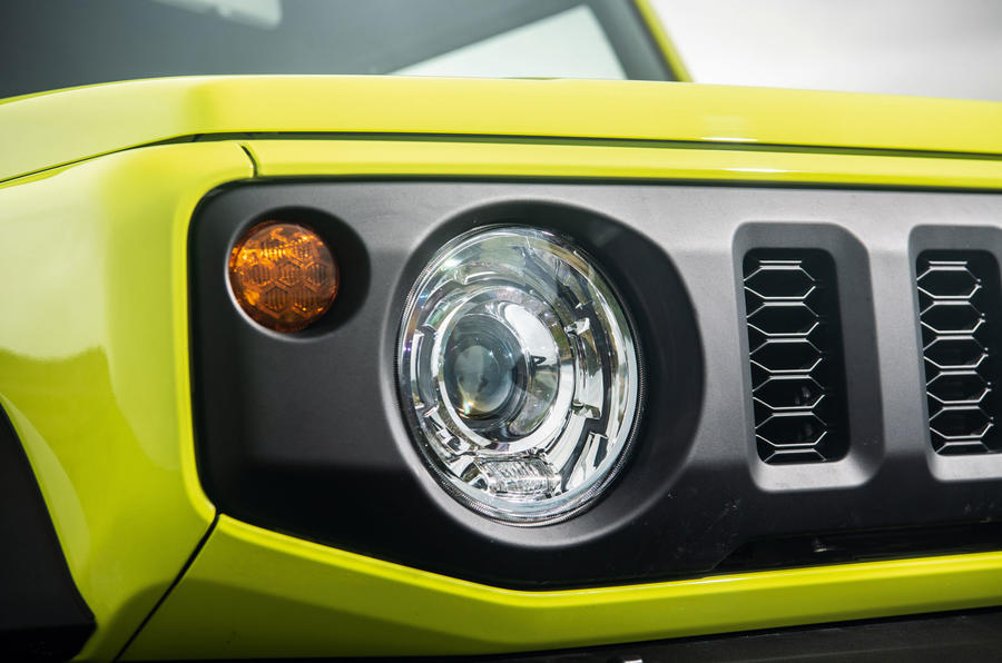Suzuki Jimny 2018 road test review - headlights