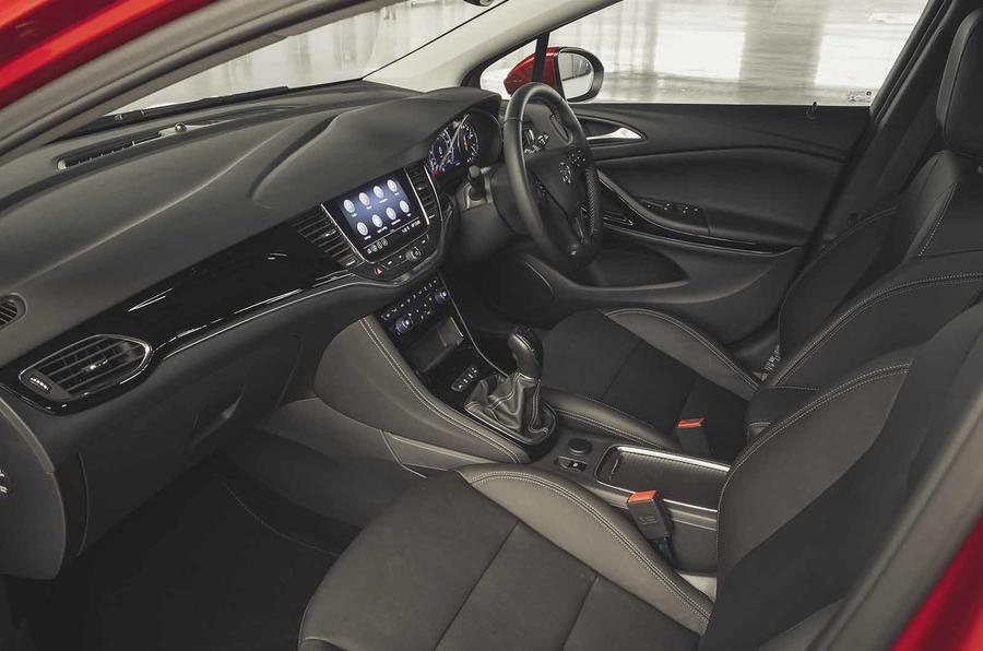 Vauxhall Astra 2019 road test review - cabin